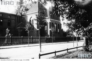 Kapliczka szpitalna w Tucholi - źródło: Narodowe Archiwum Cyfrowe