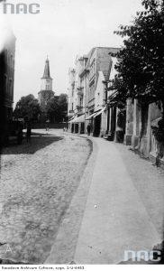 Ulica Świecka w Tucholi - źródło: Narodowe Archiwum Cyfrowe