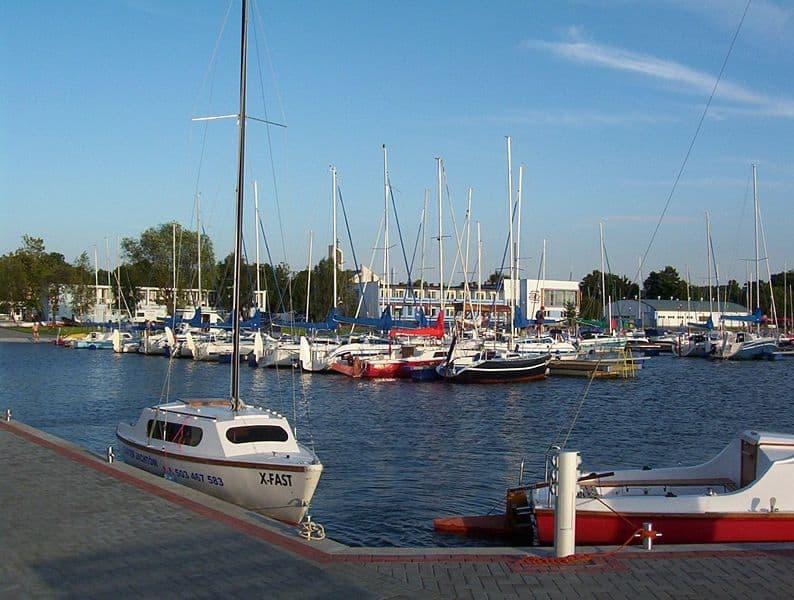 Jezioro Charzykowskie i okolice