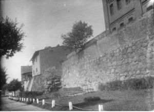 Chojnice - fragment murów obronnych - źródło: Narodowe Archiwum Cyfrowe