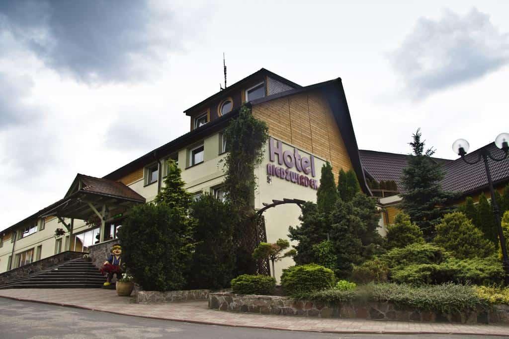 Niedźwiadek - Hotele